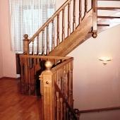 Устранить скрип лестницы